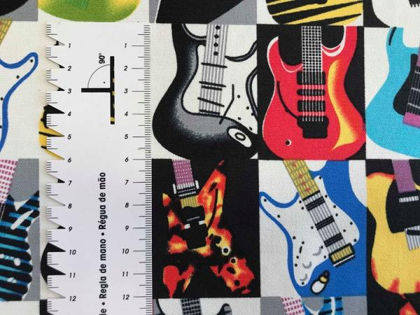 Guitars Canvas - Webware